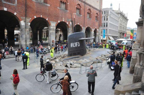 submarine under street