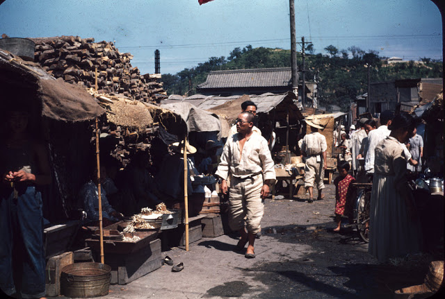Korea Life in Busan in the early 1950s (26)